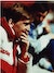 Kenny Dalglish sitter på benken under en kamp i 1989.